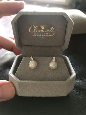 Pearl diamond earrings for Sale in Fisherville, TN