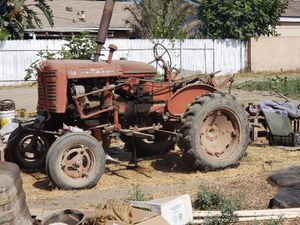Farmall 100 tractor farming tractor for Sale in Los Angeles, CA