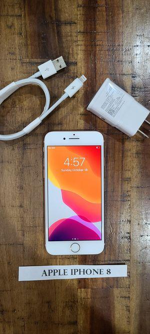 IPhone 8 unlocked 64gb for Sale in Lynnwood, WA