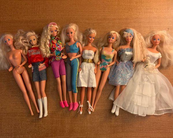 Vintage Barbie 1966 dolls
