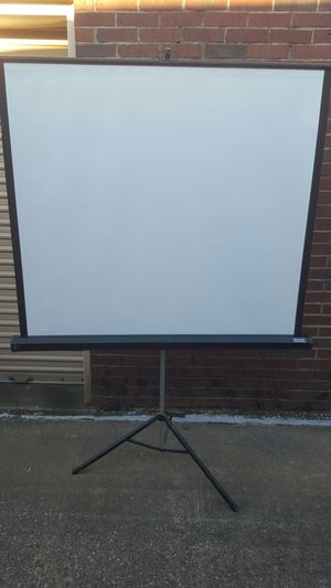 Screen projector for Sale in Arlington, TX