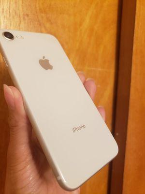 IPHONE 8 GSM UNLOCKED ATT,CRICKET, TMOBILE. PRICE IT IS NOT NEGOTIABLE. 64GB. WORKS INTERNATIONAL. for Sale in Atlanta, GA