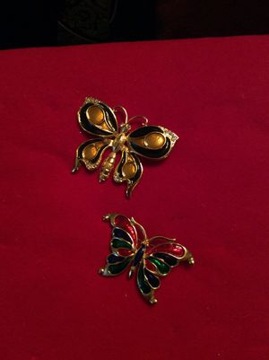 Gold medal Butterfly vintage brooch for Sale in Washington, DC