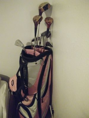 Few golf clubs with golf bag for Sale in South Salt Lake, UT
