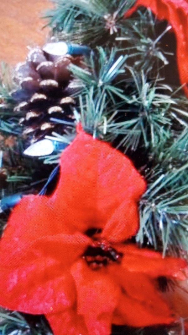 Pre-lit LED Christmas Wreath