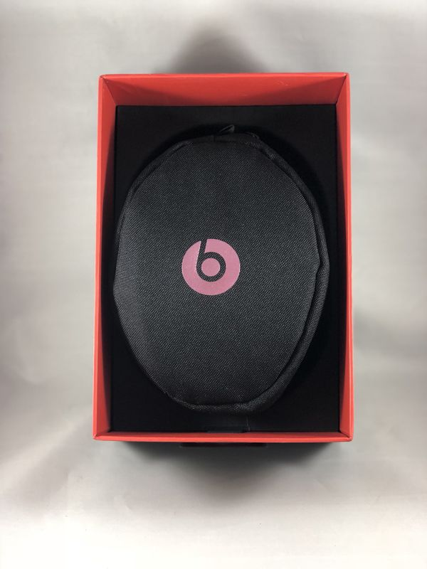 Beats Solo 3 Special Edition Rose Gold