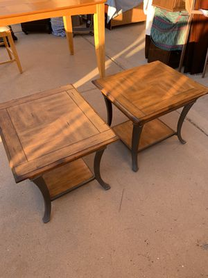 Coffee table and end tables. Must pick up for Sale in Cave Creek, AZ