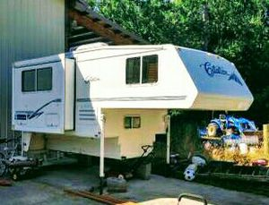 2002 Citation Truck Camper w/slide out for Sale in Bow, WA