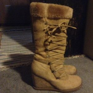 Women's snow boots for Sale in Grand Prairie, TX