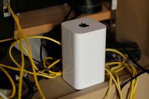 Apple Router - Great Condition for Sale in Prosper, TX