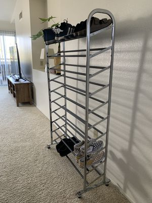 Roll Shoe Tower (50 pairs of shoes shoe rack) for Sale in Fontana, CA