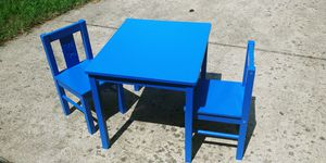 Kids table and chairs for Sale in Fort Washington, MD