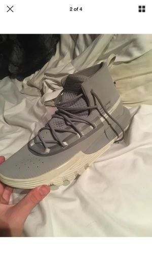 Grey steph curry basketball shoes for Sale in Eastman, GA