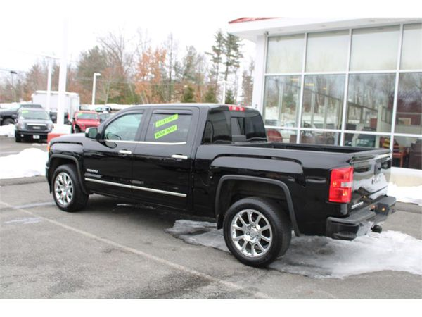 2014 GMC Sierra 1500 4WD CREW CAB 6.2 V8 DENALI FULLY LOADED !!!!