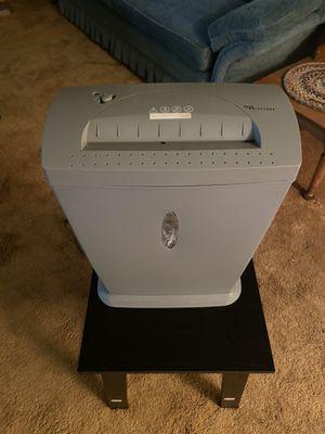 Paper shredder w13.5, l7, h17.5 for Sale in Long Beach, CA