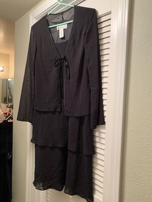 Women's black tiered dress. Fully lined made by Jones of NY. Size 12. for Sale in Riverside, CA