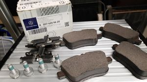 Mercedes CLA 250 Rear Brake Pads 14-18 for Sale in Norton, MA