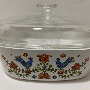 1975 Corning Ware A-84-B Country Festival 4 Qt Casserole with A-12-C Lid for Sale in Roseville, CA