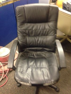 Black office chair tall back for Sale in Caledonia, MI