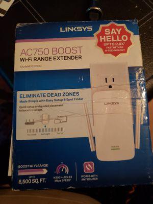 Linsksy wifi range extender for Sale in Jonesboro, AR
