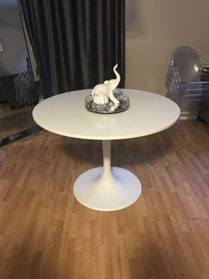 Ikea dining table with 4 ghosts chairs for Sale in Phoenix, AZ