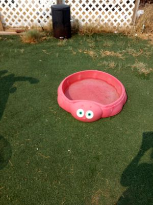 CUTE RED TURTLE SAND BOX CAN USE WATER IN IT AS WELL ASKING $25 MUST PICK UP NO LID GOOD CONDITION for Sale in Phoenix, AZ