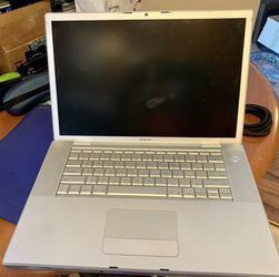 "Apple MacBook Pro A1226 15.4"" Laptop- MA895LL/A for Sale in Huntington Beach,  CA"