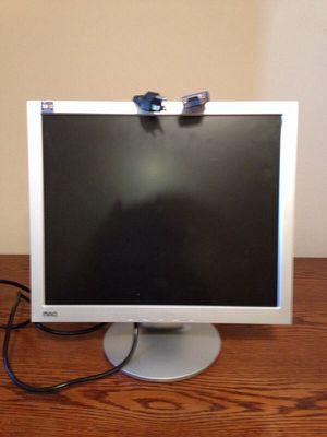 "17"" Computer Monitor for Sale in Springfield, VA"