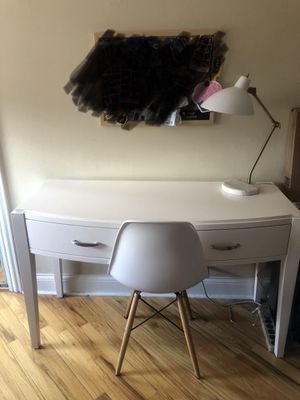 Desk, lamp, chair for Sale in Evanston, IL