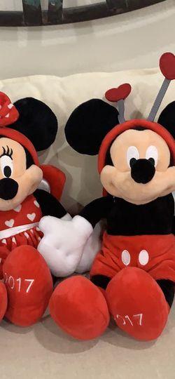 2017 Mickey and Minnie Valentine Plush Set for Sale in Carson,  CA