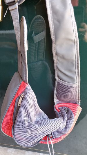 Pet sling carrier size (s) for Sale in Escondido, CA