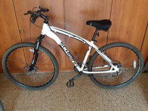 Schwinn 29er mountain bike for Sale in Goodyear, AZ