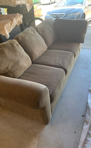 Couch for Sale in Santa Maria, CA