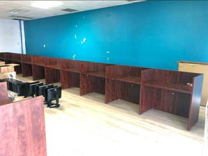Call center telemarketing desks for Sale in Hialeah, FL