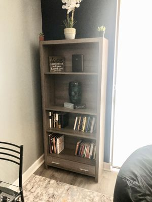Dark Taupe Wood 71-inch 4 Tier Bookshelf. for Sale in Berwyn Heights, MD
