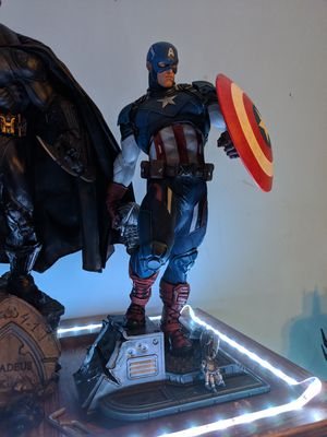 Sideshow Collectables Premium Format Captain America Statue for Sale in Raleigh, NC