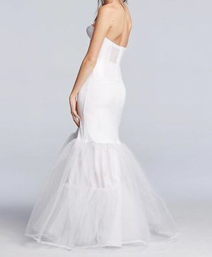 White by Vera Wang Floral Organza Wedding Dress with Veil and A-Line Silhouette Slip for Sale for sale  Brooklyn, NY