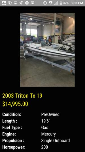 Triton 19 TX 19 MERC 200 horsepower 2 stroke. Runs great! Fully functional for Sale in Ann Arbor, MI