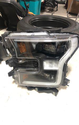 2017 Ford F-150 driver side headlight for Sale in Belleville, MI