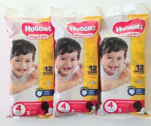 Huggies Sz 4 Snug & Dry Pampers Bundle for Sale in San Diego, CA