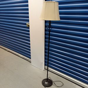 5 Feet Tall Lamp for Sale in Brentwood, MD