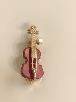 Real pearl violin pin/brooch for Christmas! for Sale in Sykesville, MD