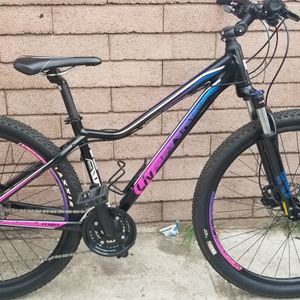 Women's Mountain Bike LIV TEMPT 4 for Sale in Vernon, CA