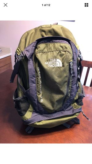 The North Face Solaris 35 Black Green Hiking Camping Outdoor Adventure Backpack for Sale in Carol Stream, IL