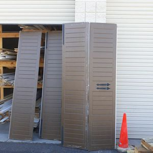 8ftx8ft Garage Door With Motorn All Parts for Sale in Scottsdale, AZ