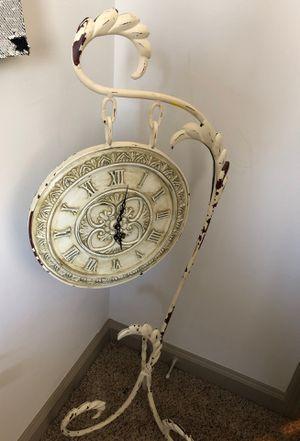 Antique clock for Sale in Atlanta, GA