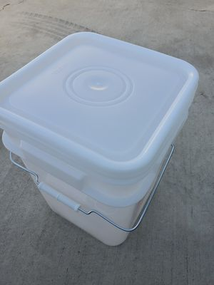 4 gallon storage buckets for Sale in City of Industry, CA