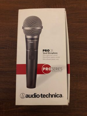 Audio-technica pro 31 vocal mic for Sale in Chicago, IL