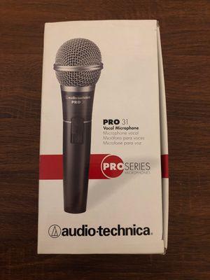 Audio-technica pro 31 vocal mic for Sale in Chicago, IL