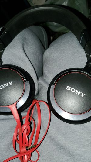 Sony headphones for Sale in Parlier, CA